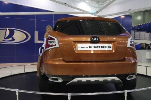 Премьера Lada C-Cross
