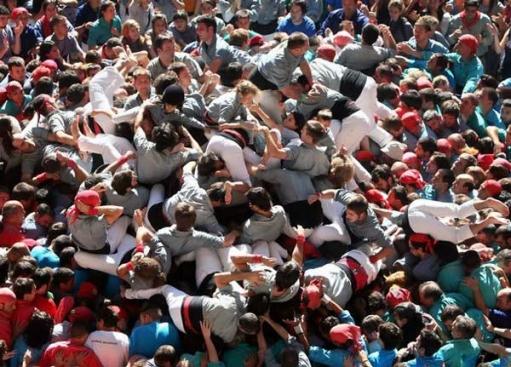 Фестиваль Человеческих Пирамид в Испании