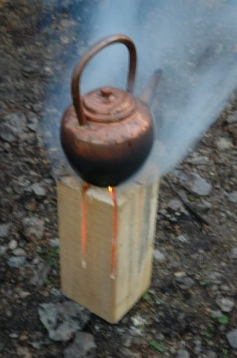 Удобная уникальная печь, турбопень или простая печка из одного бруска