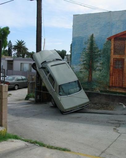Вот так припарковался :D