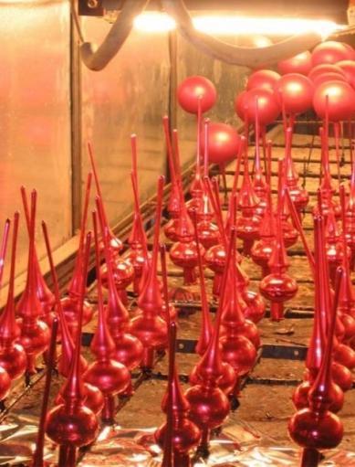 Как делают елочные игрушки, шарики на елку