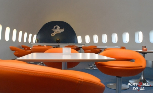 Оригинальное использование самолета или Самолет - Отель. Фото самолета - отеля.