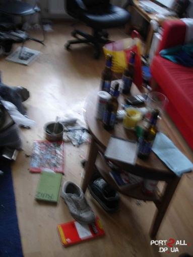 Квартира - пример беспорядка!