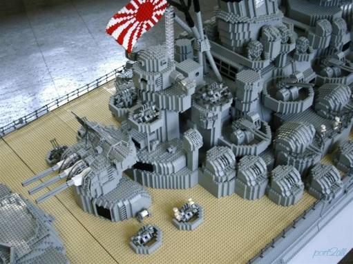 Линкор «Ямато», собранный из конструктора Lego™ (ЛЕГО). (28 фото)