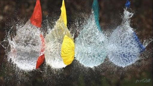 Летящий дротик VS 4 шарика с водой.