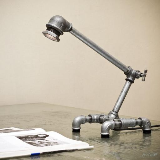 Креативная настольная лампа Kozo