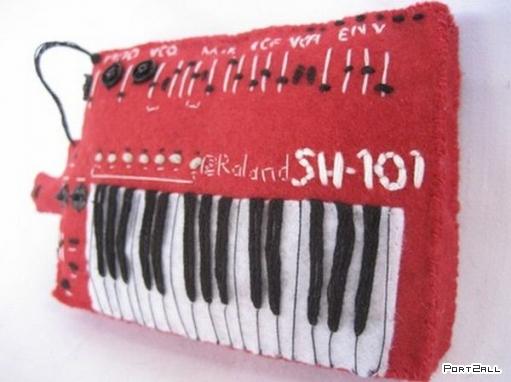 Плюшевые синтезаторы