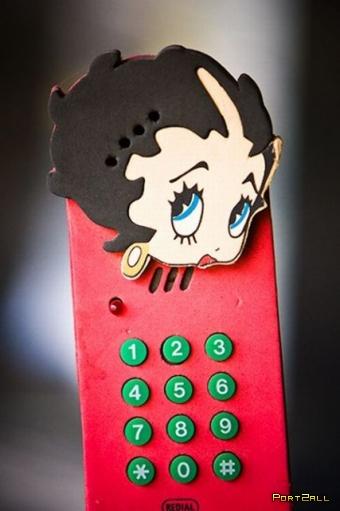 Прикольные домашние телефоны