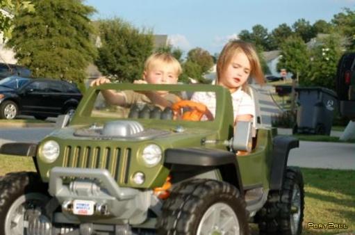 Крутое детское авто...