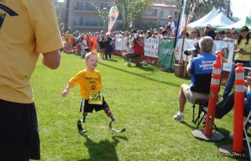 Удивительно морально сильный мальчик Коди МакКаслэнд!