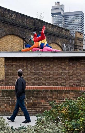 Скульптуры из людей в Лондоне | художник Вилли Дорнер