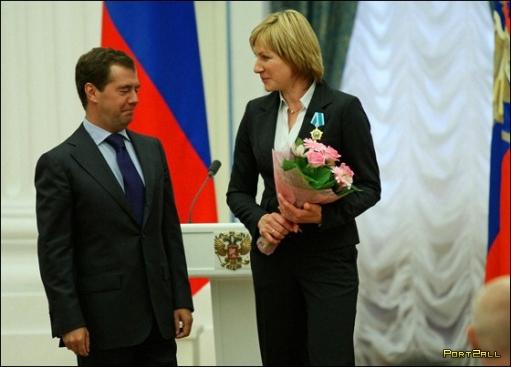 Уроки флирта от Медведева. Подборка фотографий