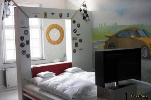 Гостиница для истинных автолюбителей. Отель для любителей авто.