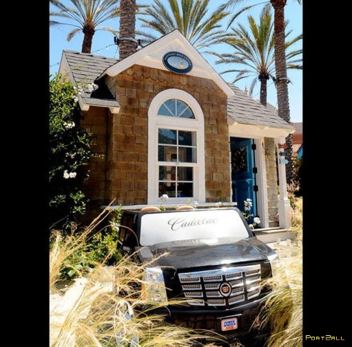 """Благотворительный аукцион """"Домики для игр"""" в Лос-Анджелесе. Идеальные детские домики"""