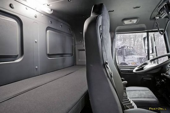 Mercedes-Benz Zetros | Домик на колесах от Mercedes