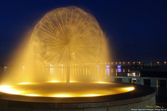 Фонтаны Днепропетровска: Сфера (sphere) | Фонтаны в Днепре