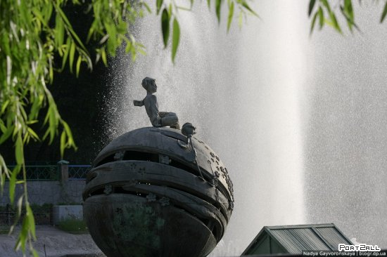 Фонтаны Днепропетровска: Маленький принц | Фонтан в парке им. Глобы