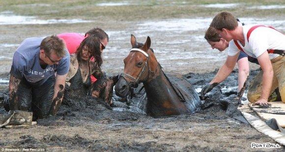 Мисс Грэхем и её конь Астро.